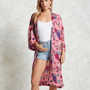 Forever 21 Pink Floral Satin Kimono Size Medium